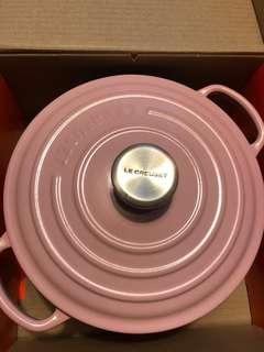 Le Creuset pink casserole 20cm