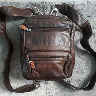 AUTHENTIC LEATHER MIKA BAG (BROWN)