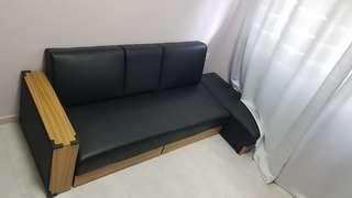 🚚 Sofa. (Sleeping Bed)