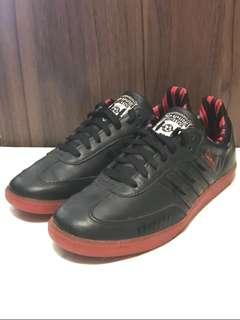 Authentic Adidas Mens Darth Vader Stars Rubber Shoes Size 8US