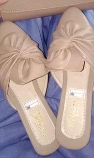 Falt shoes