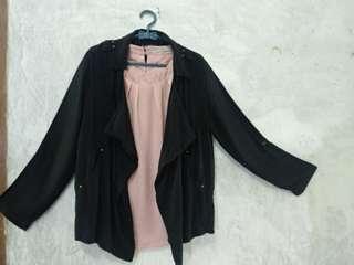 Cardigan hitam perempuan merek details