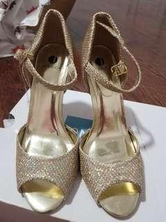 Women's 7.5 rosegold glitter heels