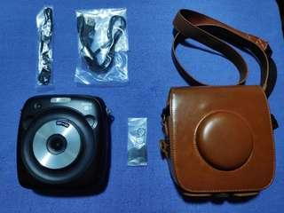 Fujifilm Instax SQ10 with leather cover and SD card