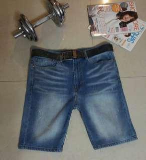 🚚 正品Levis522刷色小破壞設計 男彈性牛仔短褲