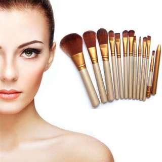Ready Stock! Makeup Brush Set Cosmetic Kits Tools Naked3 (12 Pieces /set)