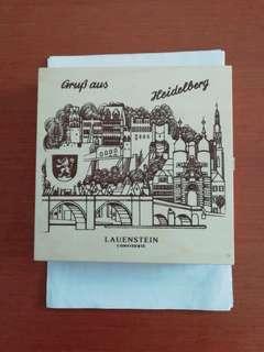 Grup aus Heidelberg Lauenstein Confiserie. Empty wooden box.