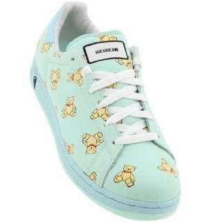 🚚 Reebok Ice Cream Sneakers