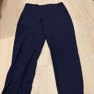 🚚 Uniqlo 正裝深藍色九分褲