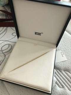 🚚 MONTBLANC box