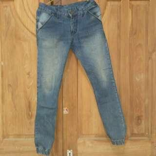 #mauheadset Joger Jeans