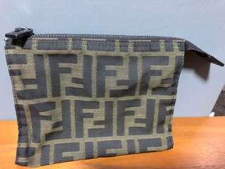 🚚 FENDI Authentic Pouch