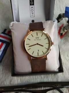 Jam tangan Daniel Walington