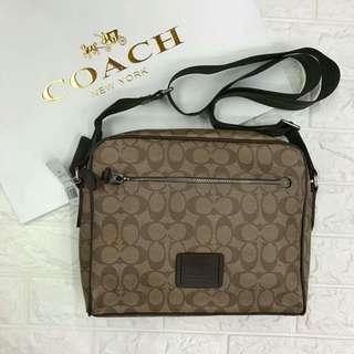 Coaxh Messenger Bag