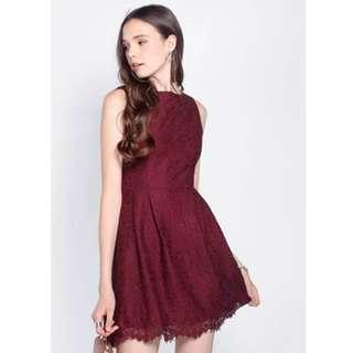 🚚 Fayth Loewe Lace Dress in Deep Red (Size: M)