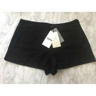 BNWT Zara Black 100% Goat Leather Suede Shorts, Size L, RRP $89.95