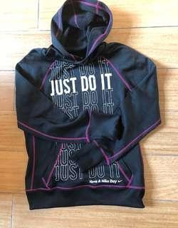 Nike女裝衛衣