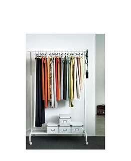 🚚 Cloth hanger - UNUSED UNOPENED