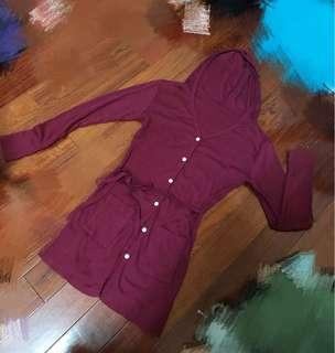 🚚 現貨 酒紅色 綁帶 長版 排扣 針織外套  J