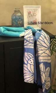 🚚 100% Thai Silk Shawl hand woven with Batik painting.