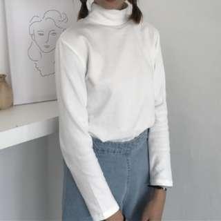 🚚 White High Neck Pullover