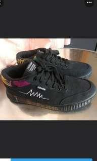 skateboard shoes size 44/US 11