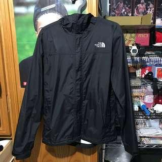 🚚 The north face hyvent 2.5L 防水外套