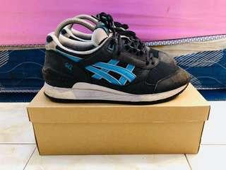 ASICS GEL RESPECTOR BLACK/ATOMIC BLUE WHITE