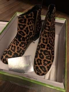 84d03cc7e15ab8 Sam Edelman leopard print boots BNIB