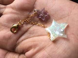 🚚 Handmade resin keychains