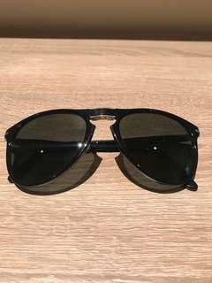 dd03d5ec30f33 Persol foldable Sunglasses