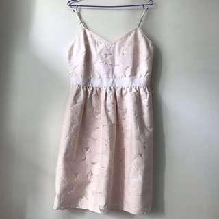SALE 🈹️Ted baker lace fit and flare dress in pale pink and white with tank top/ sphagetti strap 斯文裙