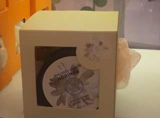 The body shop gift set moringa