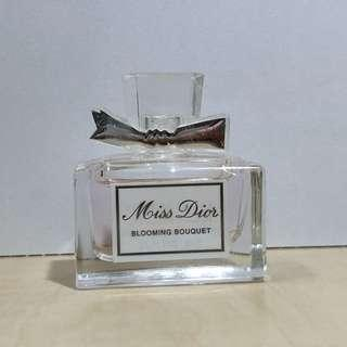 🚚 Miss Dior-Blooming bouquet 5ml