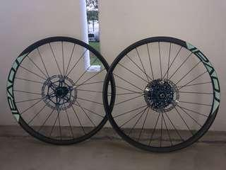 Specialized roval carbon boost 29er wheelset
