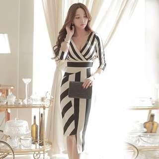 🚚 Woman stripe office OL dress
