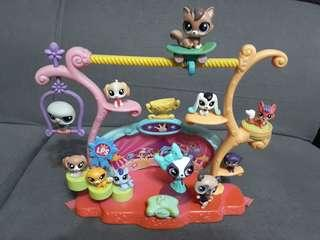 Littlest Pet Shop Tricks & Talent Show Playset