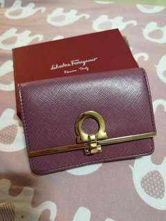 🚚 Ferragamo Card Case