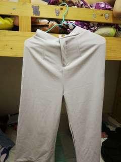 白色七分闊腳褲