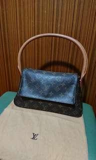 Louis Vuitton handbag #MILAN02