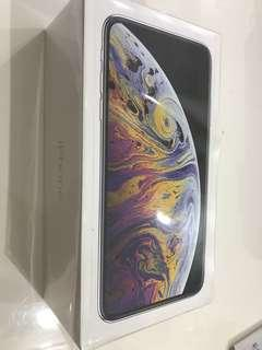New unactivated iphone XS max 256GB Silver
