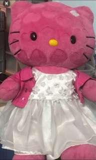 Prelove hello kitty and clothes and shoes