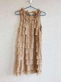 蓮藕色 連身裙 入膊 細緻通花 高貴 大方 Beige delicate classy lace evening dress with collar details 新舊如圖 As shown condition
