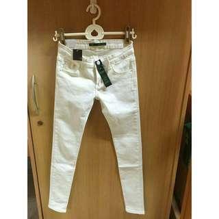 🚚 白色牛仔長褲