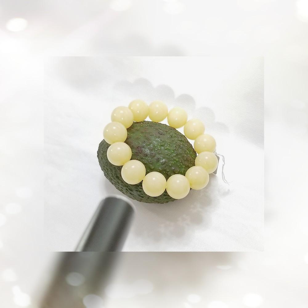 全新品 原產地 伊朗 17mm 象牙白絲稀有舊蜜蠟圓珠手串一條 QB-128 / BOYD