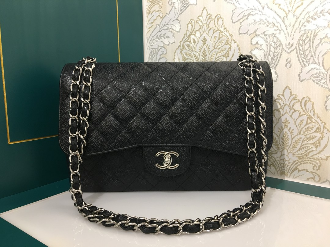 776d015cc30e Almost new Chanel Jumbo Classic Double Flap Black Cavir with SHW ...