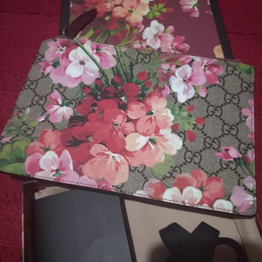 1d88ab27 Gucci blooms purse clutch bag Pouch, Luxury, Bags & Wallets ...