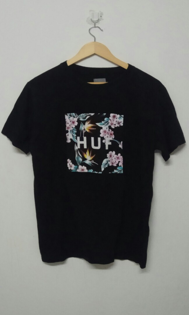 bccd3539d HUF LOGO BOX T-SHIRTS, Men's Fashion, Clothes, Tops on Carousell