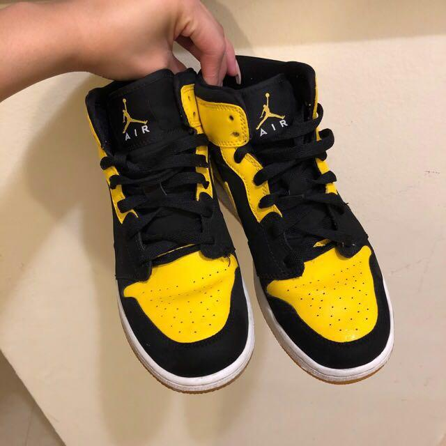 Jordan 1's retro mid new love