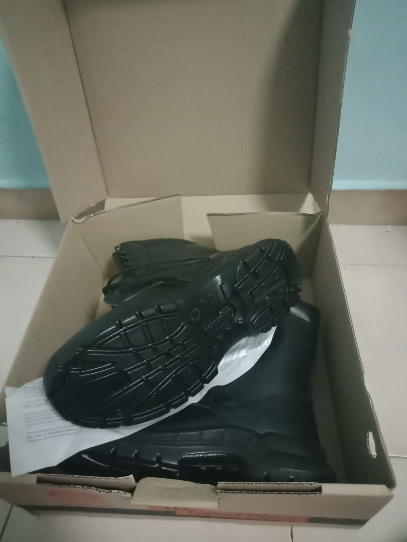 KINGS by honeywell safety boots (BRAND NEW)